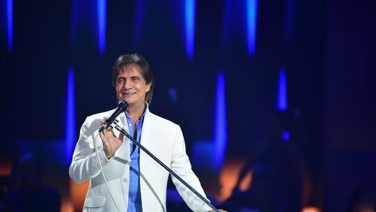 Roberto Carlos brinca sobre parceria com Gloria Perez: 'Não posso perder esse emprego'