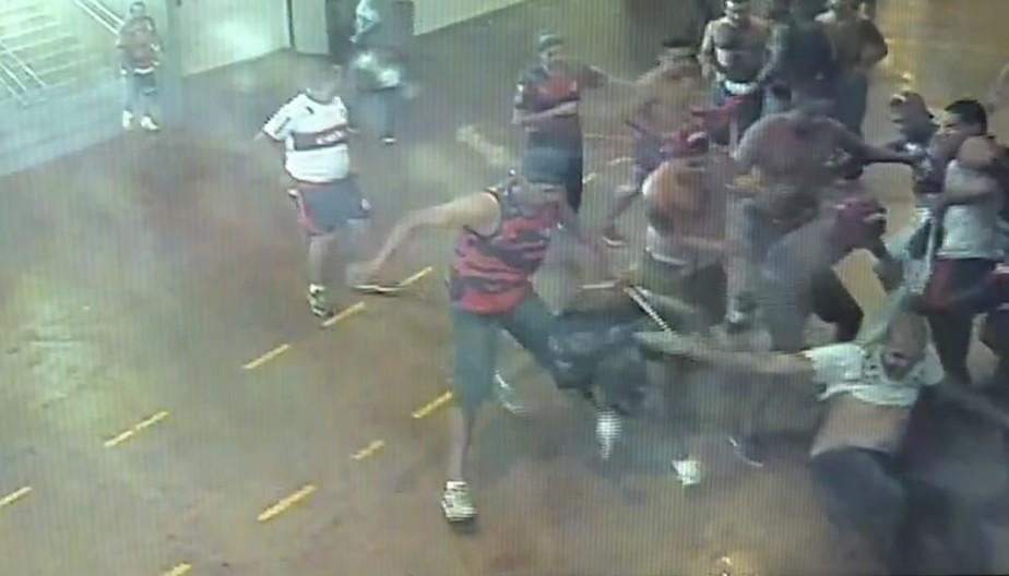 Justiça do DF condena Flamengo e Federação local por briga no Mané Garrincha em 2016