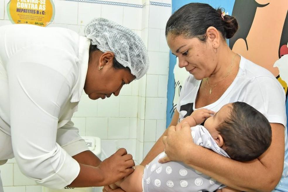 Campanha de vacinação contra a poliomielite e sarampo no Brasil — Foto: Divulgação/SEMUS
