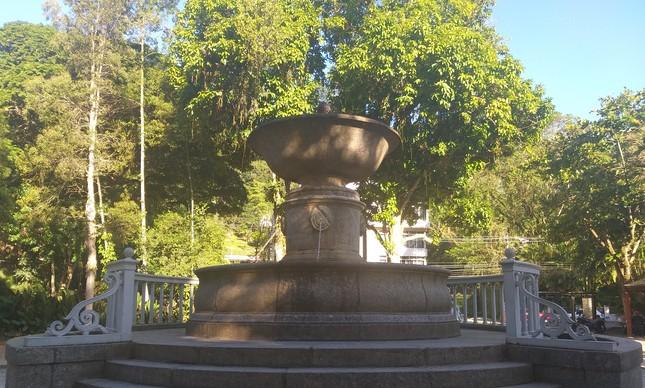 Projetado em 1846 pelo arquiteto francês Grandjean de Montigny, chafariz do Alto da Boa Vista é restaurado