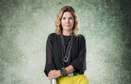 Na quarta-feira (4), Eugênia (Helena Fernandes) ficará furiosa ao ver Paloma com Alberto em sua loja TV Globo