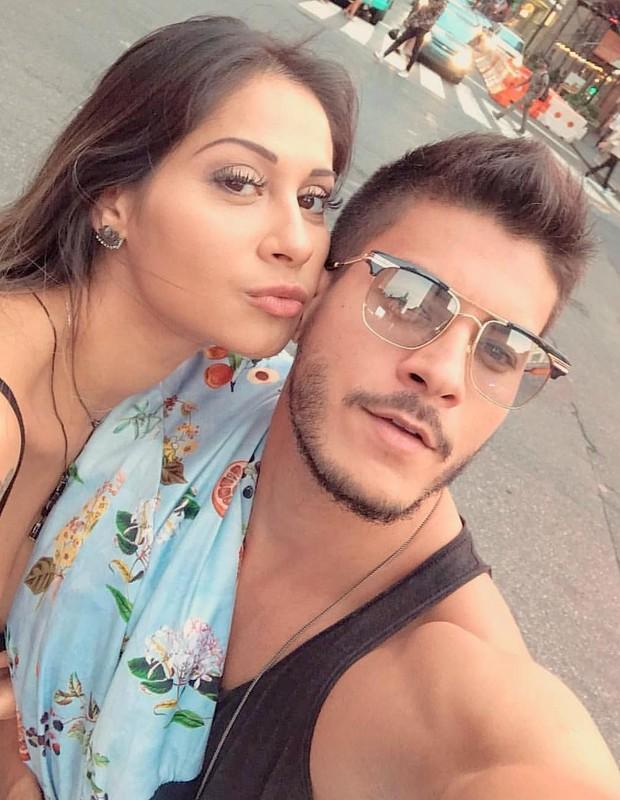 Mayra Cardi e Arthur Aguiar (Foto: Reprodução)