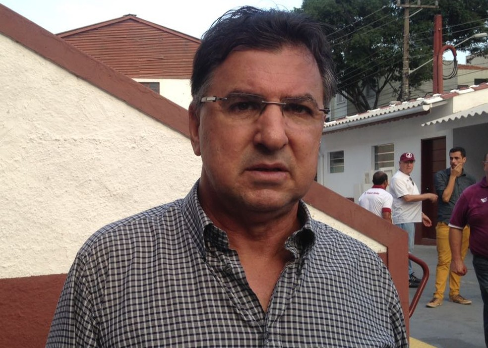 Estevam Soares foi anunciado pelo Operário VG, mas não comanda o time mato-grossense (Foto: Rodrigo Faber)