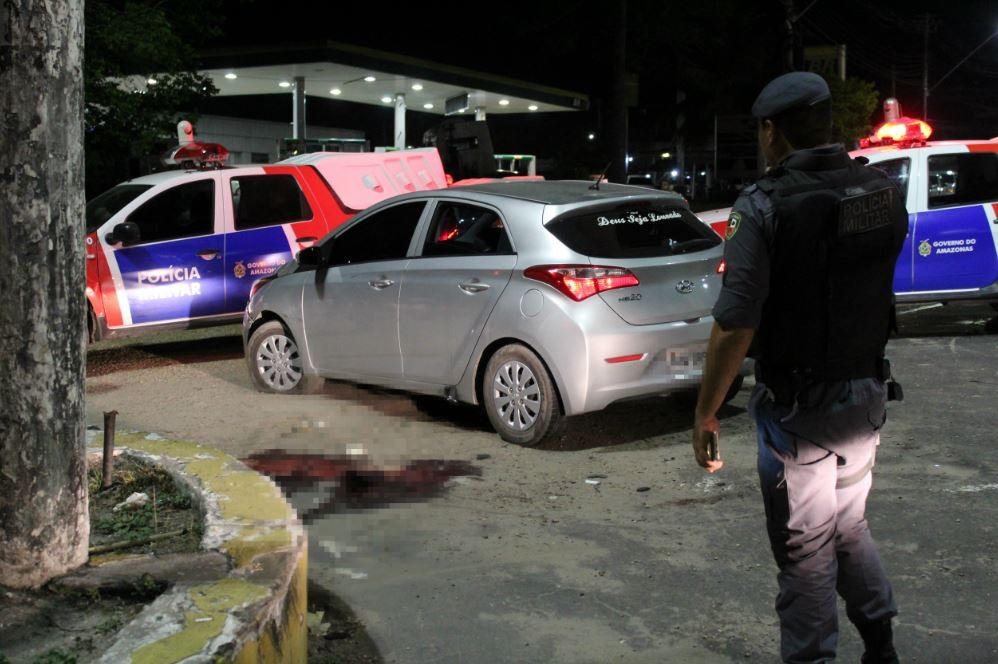 Dois homens morrem após trocas de tiro com a PM durante fuga, em Manaus