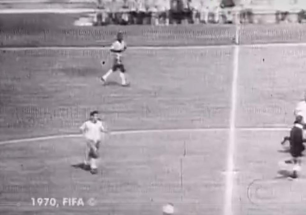 Copa de 70 foi primeiro evento transmitido ao vivo na televisão — Foto: Reprodução/Memória Globo