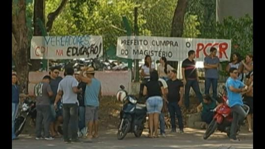 Professores da rede municipal de Paragominas entram em greve