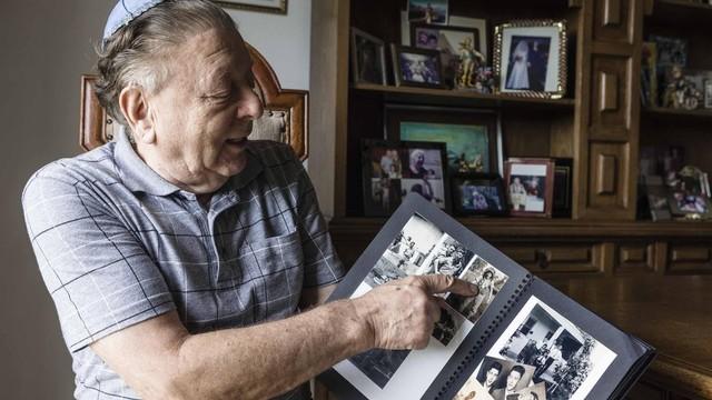 """""""Quando tentávamos recomeçar do zero, mais uma vez nos tiraram tudo"""", diz Strul, após fim da 2ª Guerra Mundial (Foto: Gui Christ / BBC)"""