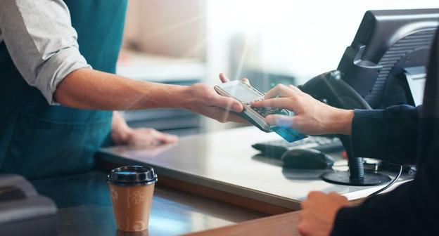 O que avaliar antes de escolher uma máquina de cartão em 2021?