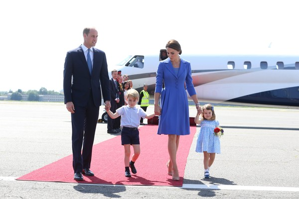O Príncipe William com a esposa, Kate Middleton, e os filhos, Príncipe George e Princesa Charlotte (Foto: Getty Images)
