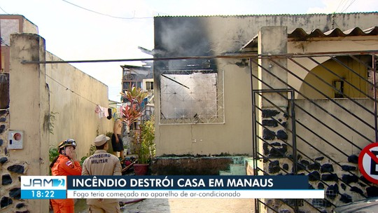 Incêndio provoca destruição em casa na Zona Centro-Sul de Manaus