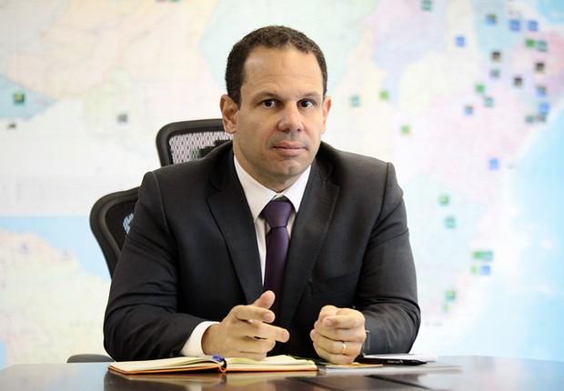 Luís Eduardo Rangel, secretário de Defesa Agropecuária do Ministério da Agricultura. Para ele, são injustas as normas de mercados importadores que exigem a certificação de que não há salmonela na carne (Foto: Antonio Araujo/Mapa/Flickr/Creative Commons)