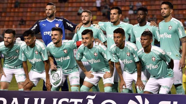 Palmeiras na partida contra o Oeste
