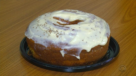 Receita do Campo: aprenda a fazer bolo de milho com erva doce