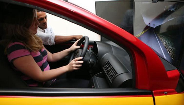 Simulador de direção (Foto: Divulgação/Ministério das Cidades)