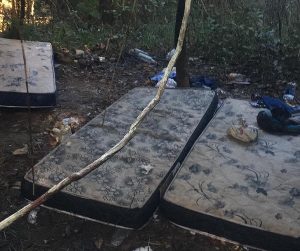 Acampamento foi apontado como rota de fuga e esconderijo da quadrilha na BA — Foto: SSP-BA/Divulgação