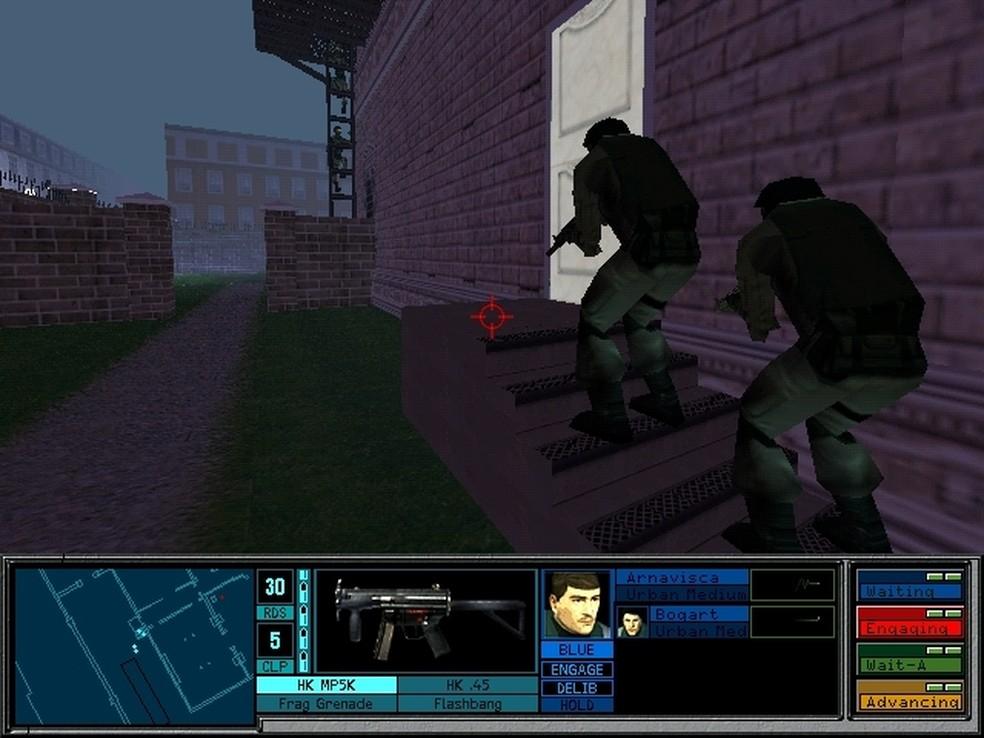 Apesar dos gráficos simples, o primeiro Rainbow Six já investia na importância do jogo tático — Foto: Reprodução/GOG.com