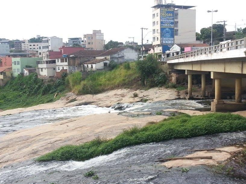 Volume de água do Rio Itapecerica em Divinópolis está abaixo do normal, alerta Defesa Civil