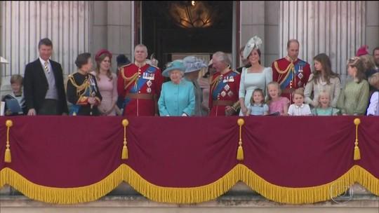 Reino Unido divulga prestação de contas da família real