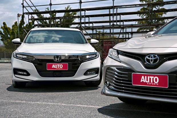 Honda Accord e Toyota Camry tem estilo ousado (Foto: Fabio Aro/Autoesporte)