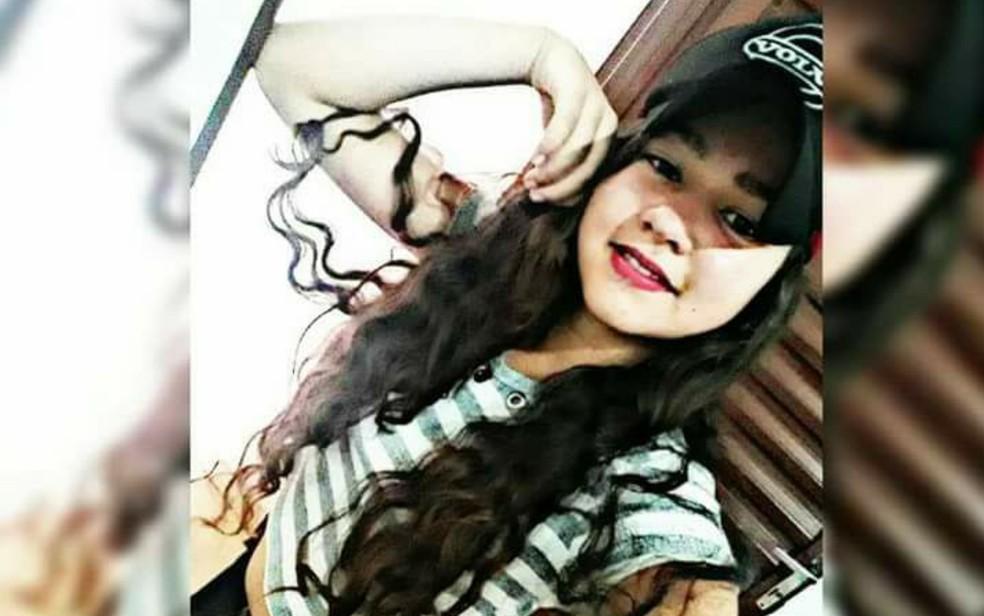 Adolescente Antônia Luciana Santos Silva, desaparecida em Chapadão do Céu (Foto: Elivan Gomes da Silva/Arquivo Pessoal)