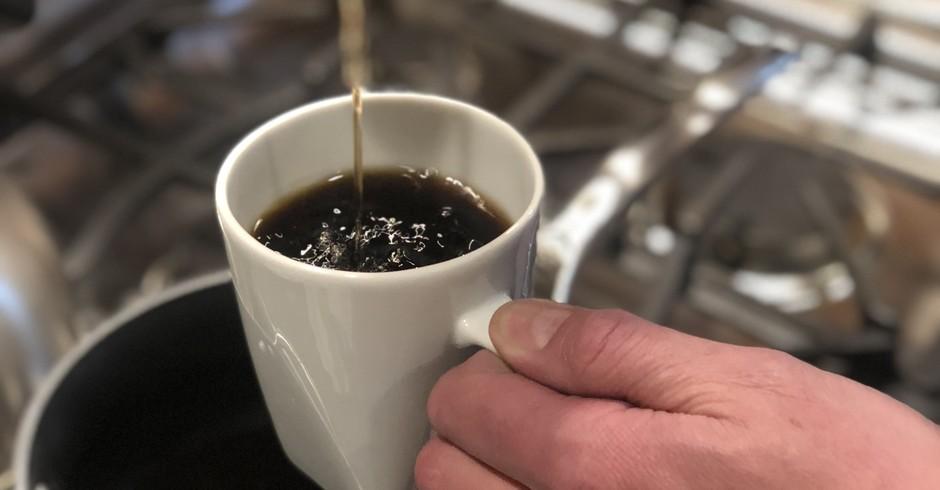 Café molecular Atomo, criado sem grãos do cafeeiro (Foto: Divulgação/Atomo)