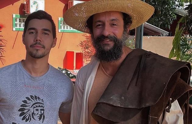 Irandhir Santos posa caracterizado para interpretar a novela dirigida por Rogério Gomes. Ele viverá José Lucas na trama (Foto: Reprodução/Instagram)