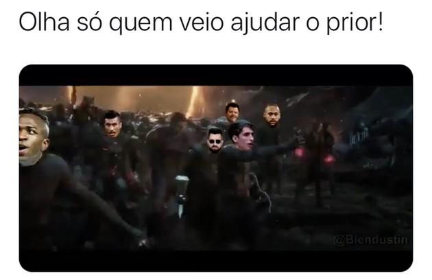 Cenas do filme 'Vingadores - Ultimato' também foram utilizadas nos memes (Foto: Reprodução/Twitter)