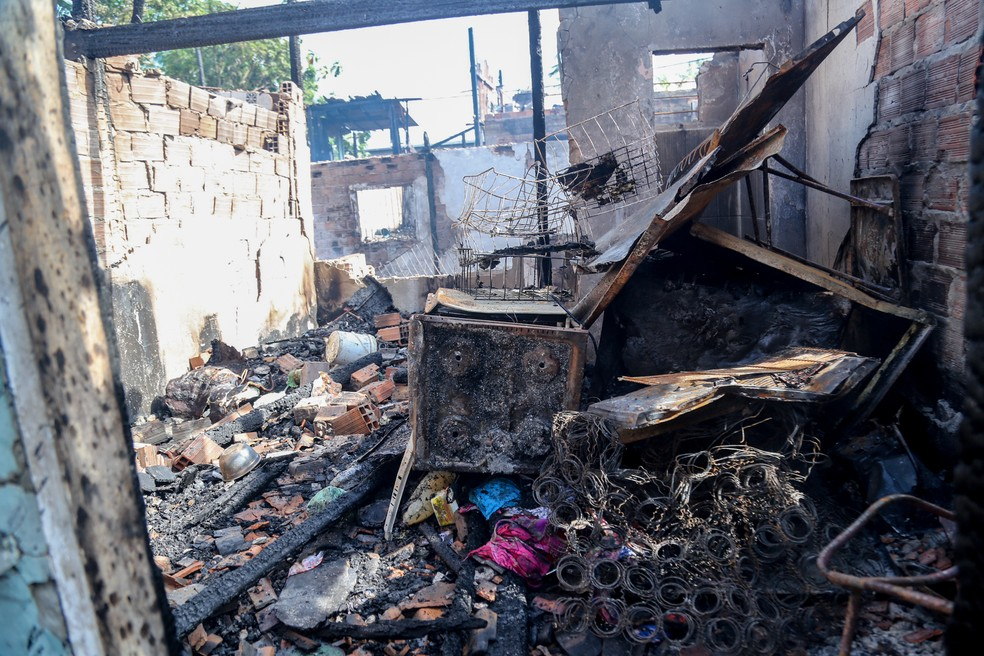 4d053c03 929e 4dcf 9739 ec110fd03276 - Funpapa diz que vai pagar 30 dias de aluguel social para vítimas de incêndio na Vila da Barca, em Belém