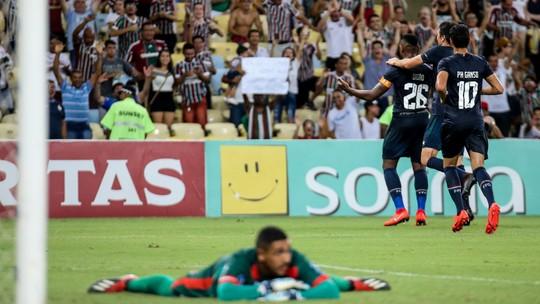 """Ganso admite """"perna pesada"""" no fim, mas comemora estreia pelo Fluminense: """"Me senti super bem"""""""