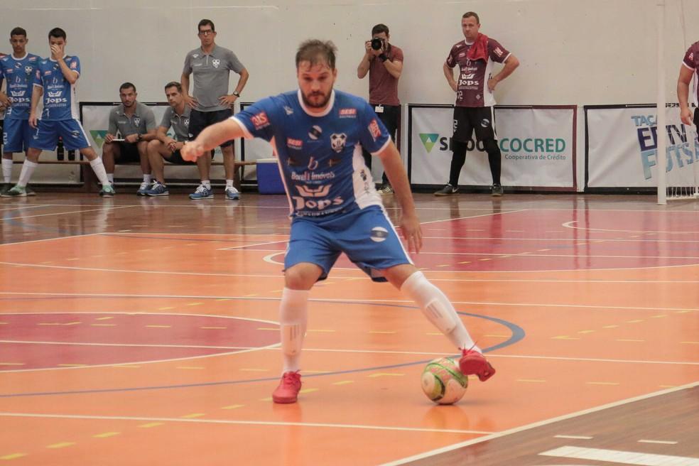 c9ba6f676b ... lance da partida em que Ribeirão goleou Barrinha por 9 a 2 — Foto  FL