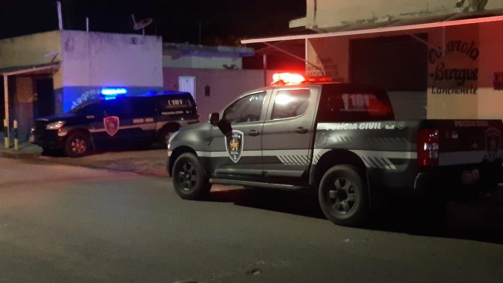 Policial Militar da reserva foi assassinado a tiros durante assalto na Zona Norte de Natal, segundo a Polícia Civil — Foto: Sérgio Henrique Santos/Inter TV Cabugi