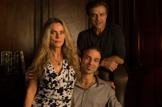 Bruna Lombardi, Kim Riccelli e Carlos Alberto Riccelli (Foto: Reprodução/Instagram)