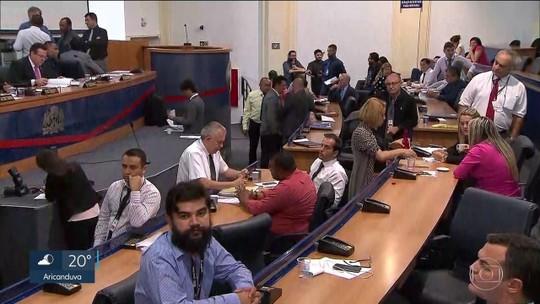 Câmara de Guarulhos fecha acordo com MP para reduzir cargos comissionados