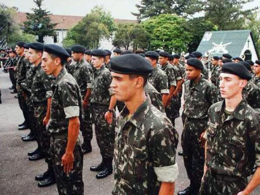 Soldados da Escola de Sargentos das Armas (ESA), em foto de arquiv (Foto: Divulgação)