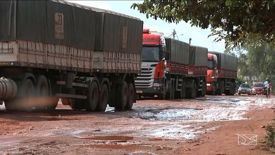 Buracos tomam conta de rodovia no Maranhão
