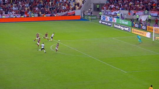 Jesus lamenta perda de cobradores por lesão e elogia atuação do Flamengo durante os 90 minutos
