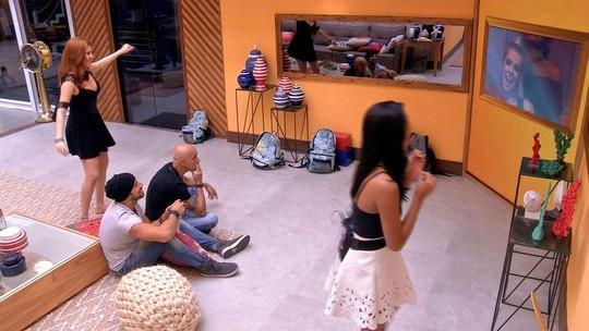 Ana Clara dança com 'Linda', de Projota
