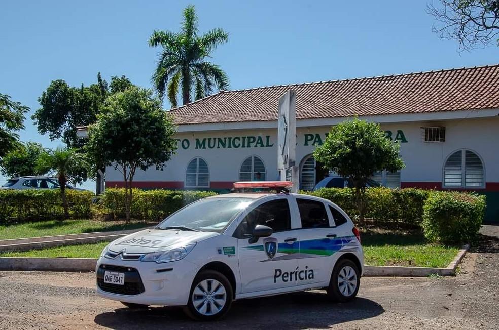 Policiais estão no aeroporto municipal de Paranaíba (MS).  Foto: Site Interativo MS/Pablo Nogueira