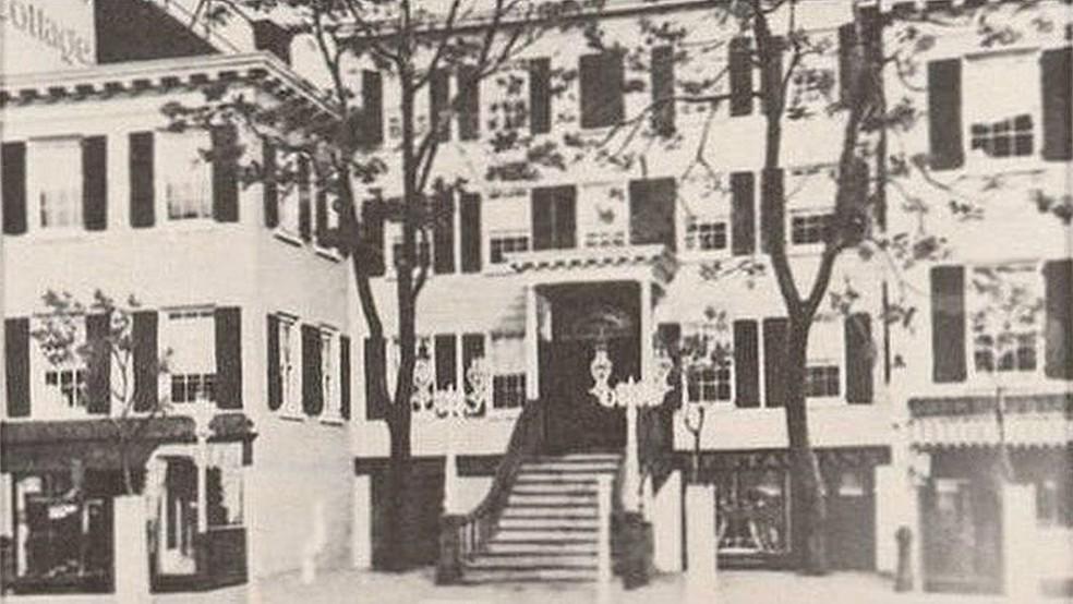 Clube dos Treze começou com reuniões nesta casa em Manhattan (Foto: Reprodução/BBC)