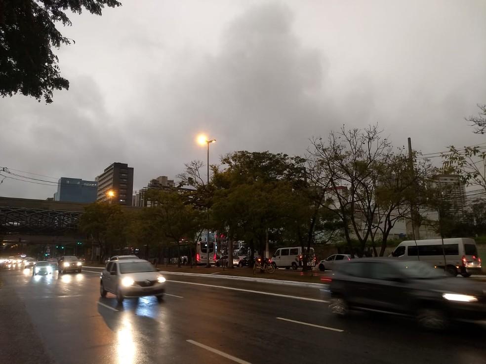 Avenida Chucri Zaindan nesta segunda — Foto: Paulo Guilherme/G1
