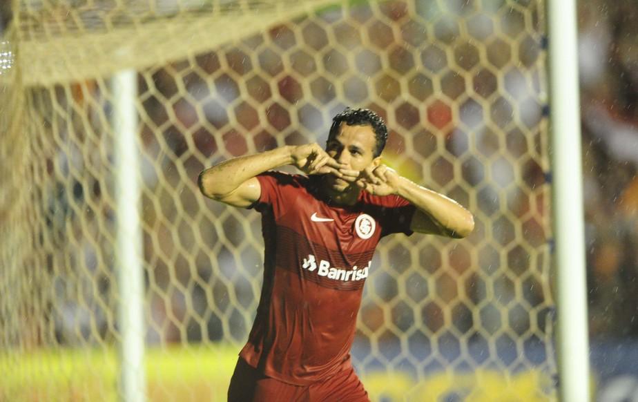 Atuações: Damião faz dobradinha e salva Inter contra o Luverdense; defesa vai mal