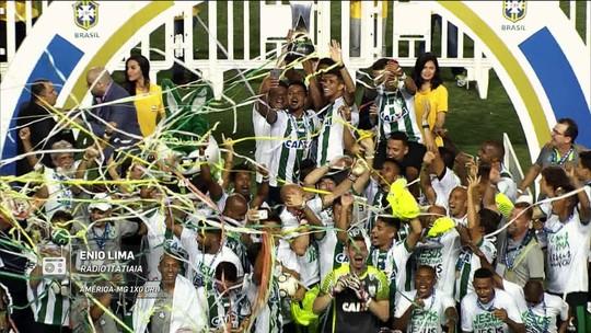 """""""Redação AM"""": Enio Lima narra gol de Rafael Lima e título do América-MG na série B"""