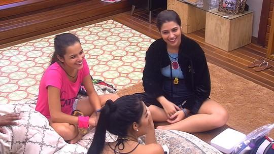 Vivian relembra choro de Adélia, do BBB16, por causa de melancia