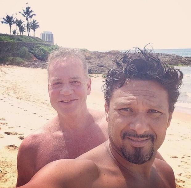 Luiz Fernando Guimarães e Adriano Medeiros (Foto: Reprodução/Instagram)