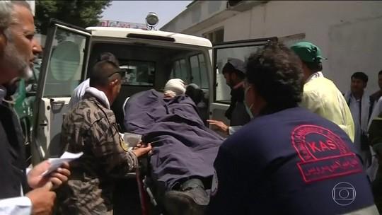 Atentado deixa 14 mortos e 145 feridos no Afeganistão