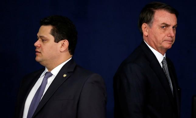 O senador Davi Alcolumbre e Jair Bolsonaro