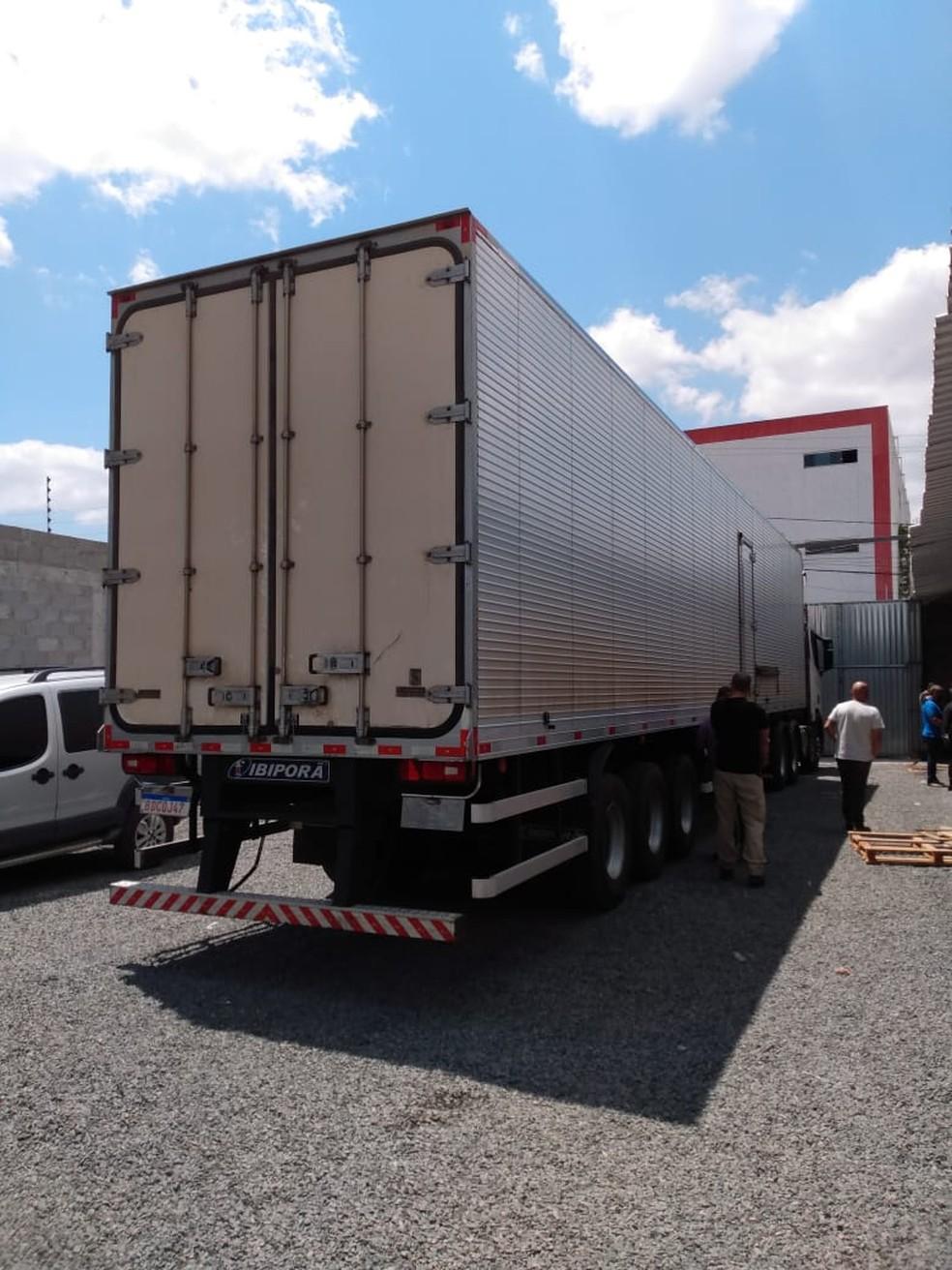 Carga avaliada em R$ 10 milhões foi apreendida na 'Operação Desvio' em Feira de Santana — Foto: Divulgação/Polícia Civil