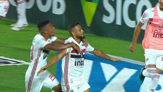 Atuações do São Paulo: Reinaldo garante vitória em clássico, e Igor Vinicius vai bem na lateral