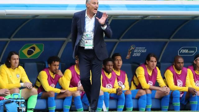 Brasil de Tite se classifica com empate na última rodada