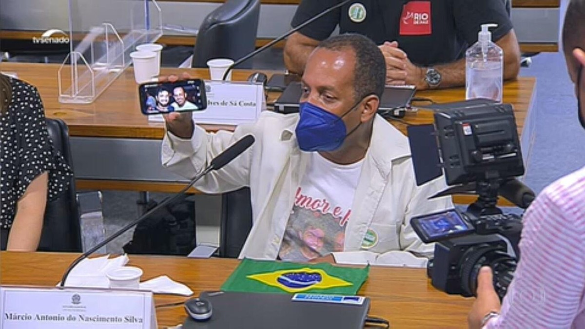 Parentes de vítimas da Covid se emocionam na CPI e acusam o governo de negligência na pandemia